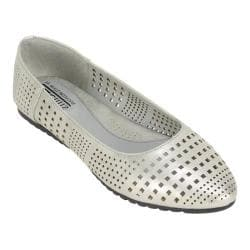 Women's Cliffs by White Mountain Swerve Ballet Flat Silver/Metallic Smooth Synthetic