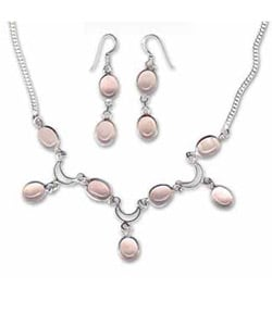 Rose Quartz Necklace and Earring Set (India)