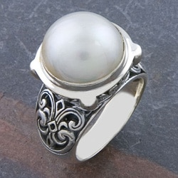 Sterling Silver Freshwater Pearl 'Motif' Ring