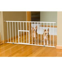 Carlson White Mini 18-inch-tall Pet Gate with Pet Door - Chew Proof