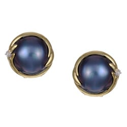 14k Gold Mabe Pearl and 1/10ct TDW Diamond Earrings (I, I3) (13mm)
