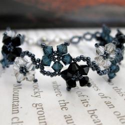 Stainless Steel Delicate Flower Crystal Bracelet