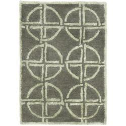 Safavieh Handmade Soho Eternal Deco Grey/ Green N. Z. Wool Rug (2' x 3')