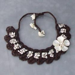 Cotton Mother of Pearl Flower and Pearl Collar Necklace (3-6 mm) (Thailand)