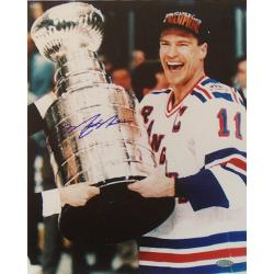 Steiner Sports Mark Messier Cup on Side Autograph Photo 7791697