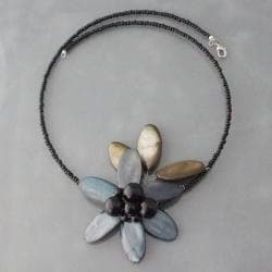 Grey-blue Shell and Onyx Floral Choker Necklace (Thailand)