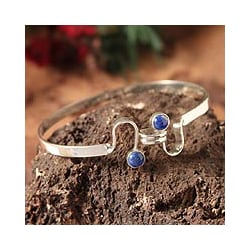 Sterling Silver 'Opposites Attract' Lapis Lazuli Bracelet (Peru)