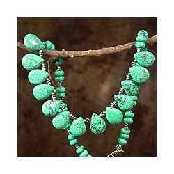 Handmade Sterling Silver 'Fortune's Friend' Dyed Magnesite Necklace (India) 8564186