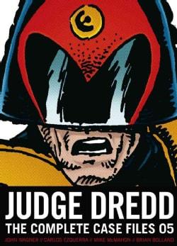 Judge Dredd: The Complete Case Files 5 (Paperback) 8572540