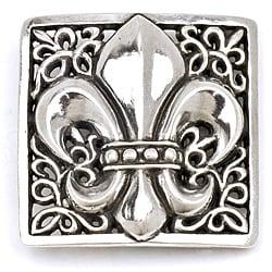 Pewter Silver Fleur Design Buckle
