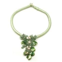 Handmade Green Puma Satin Natural Beauty Aventurine Nuggets-Shells Necklace (Thailand) 8989655
