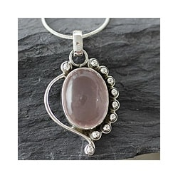 Sterling Silver 'Delhi Romance' Rose Quartz Necklace (India)