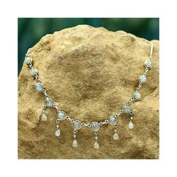 Sterling Silver 'Shimmer' Moonstone Waterfall Necklace (India)