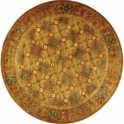 Safavieh Handmade Classic Antiquity Coral Wool Rug (6' Round)