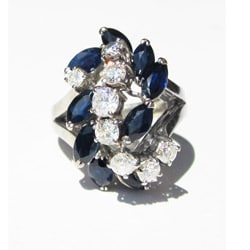 Pre-owned 18k White Gold Sapphire and 1 1/10ct TDW Diamond 'Waterfall' Ring (F-G, VS1-VS2)