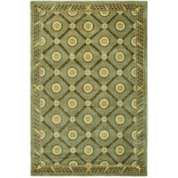 Asian Hand-knotted Trellis Green Wool Rug (8' x 10')