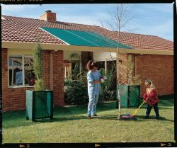 Gale Pacific 302306 Coolaroo 6' x 15' Medium Shadecloth - Forest Green