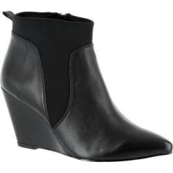 Women's Bella Vita Deryn Chelsea Wedge Bootie Black Leather/Gore