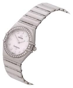 الساعة المبهرة أوميجا omega  2011 P1010399.jpg