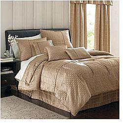 Soho 7-piece Oversize Jacquard Comforter Set