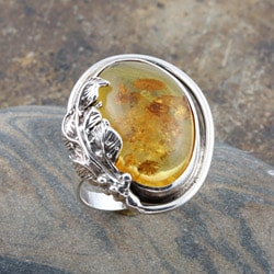 Sterling Silver Honey Amber Leaf Ring (Poland)