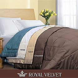 Royal Velvet 250 Thread Count Down Alternative Blanket