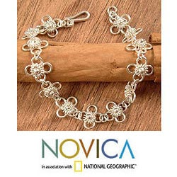 Handcrafted Sterling Silver 'Daisy Chain' Link Bracelet (Peru)