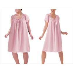 Illusion Women's Pink Lace Detail Short-sleeve Nightgown