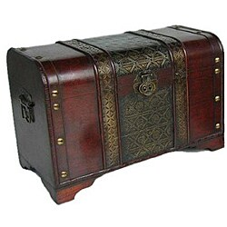 Old Fashioned Medium Wood Storage Chest
