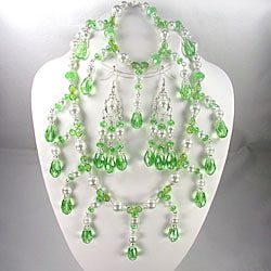 Silverplated Peridot Green Crystal and White Pearl Jewelry Set