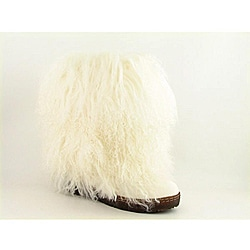 Bearpaw Women's Boetis II White Boots (Size 7)