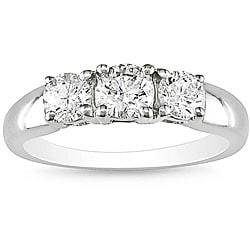 14k White Gold 1ct TDW Diamond Three-Stone Ring (H-I/ I1-I2)
