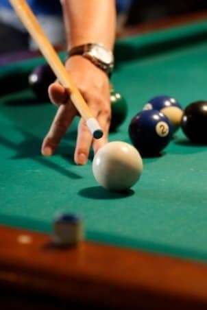 How to Choose a Billiard Cue
