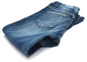 How to Find Flattering Women's Jeans