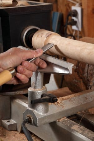 How to Choose a Wood Lathe