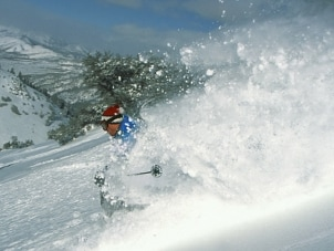 Tips on Buying Downhill Skis