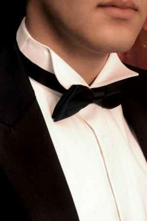 How to Measure for a Tuxedo Shirt