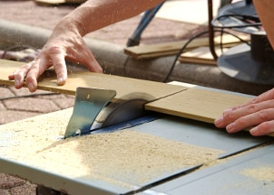 How to Safely Use Power Saws