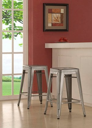 How to Decorate with Bar Stools