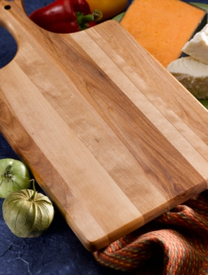 How to Use a Chopping Board