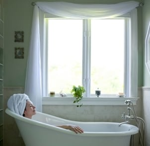 How to Add a Claw Foot Tub Enclosure