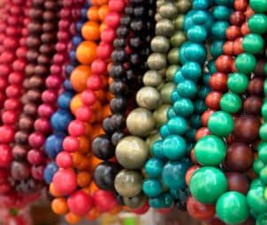 How to Buy Jewelry-making Supplies