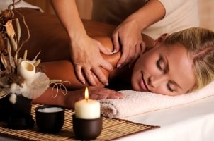 How to Incorporate Aromatherapy into Massage