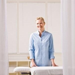 Massage Tables vs Massage Chairs