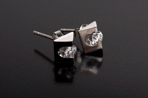 Top 5 Unique Stud Earrings