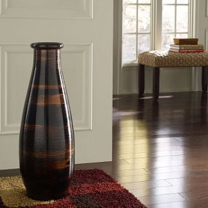 Tips on Buying Vases
