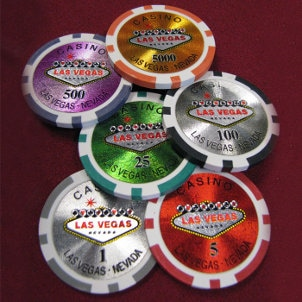Advantages of Buying Discount Poker Chips