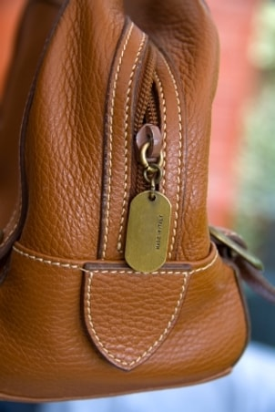 Tips on Buying an Italian Leather Messenger Bag