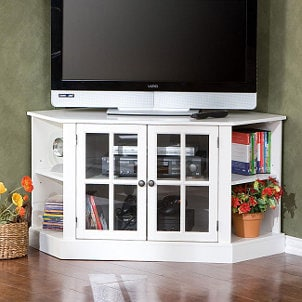 How to Decorate a Corner TV Stand