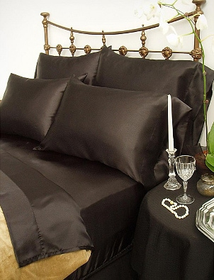 How to Use Satin Pillowcases